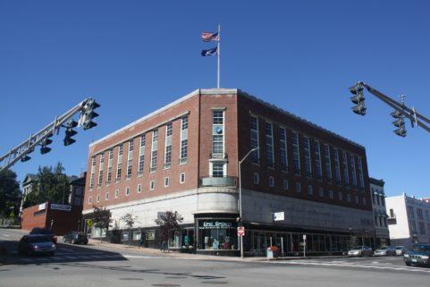 16 Central St-Bangor